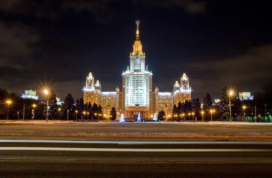 Двадцать самых популярных легенд о Москве. 3158.jpeg
