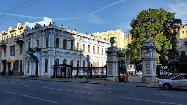 4 главные резиденции градоначальников Москвы