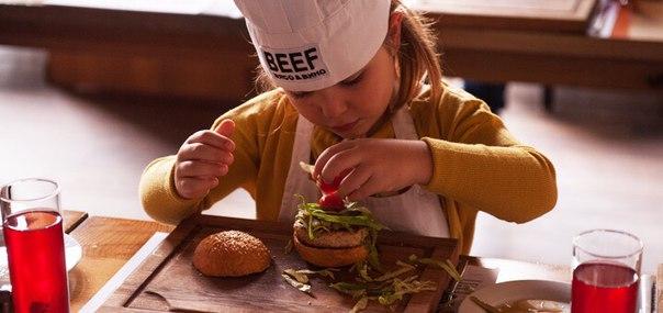Десять ресторанов, в которых есть развлечения для детей