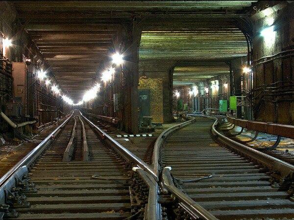 Мистический город: четыре станции-призрака московского метро