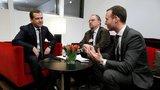 Медведев: вопрос о прогрессивном налогообложении в России пока не стоит